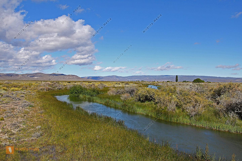 Flusstal in der Pampa
