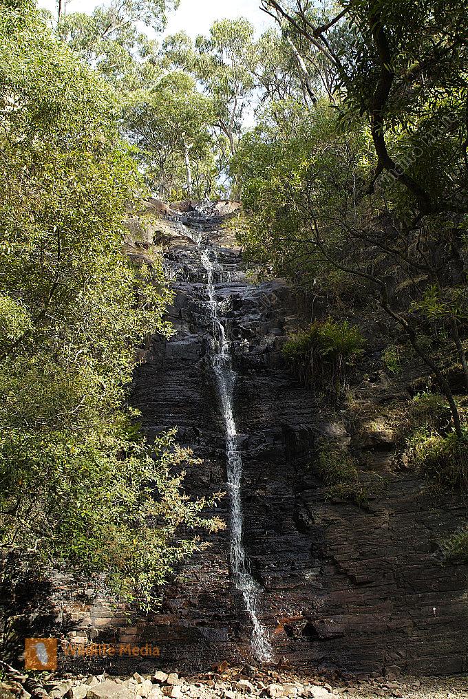 Australien Silverband Falls im Grampians Nationalpark zur Trockenzeit