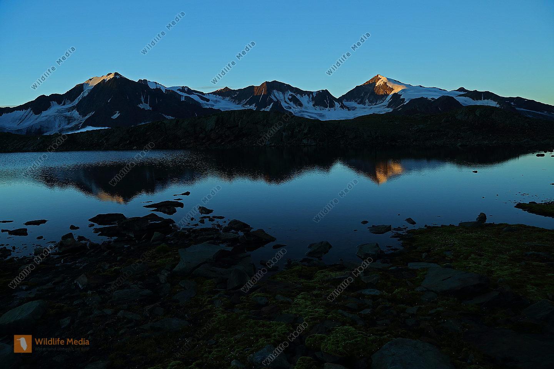 Brizzisee bei Sonnenaufgang