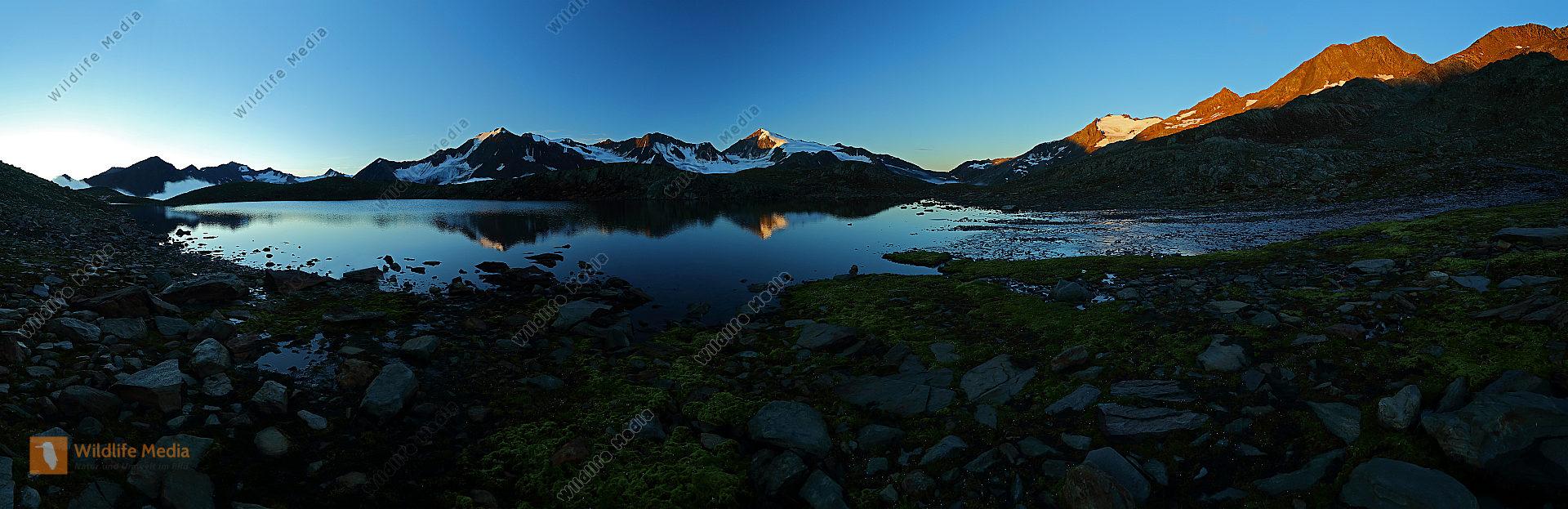Brizzisee bei Sonnenaufgang Panorama