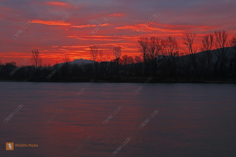 Göttweig bei Sonnenaufgang