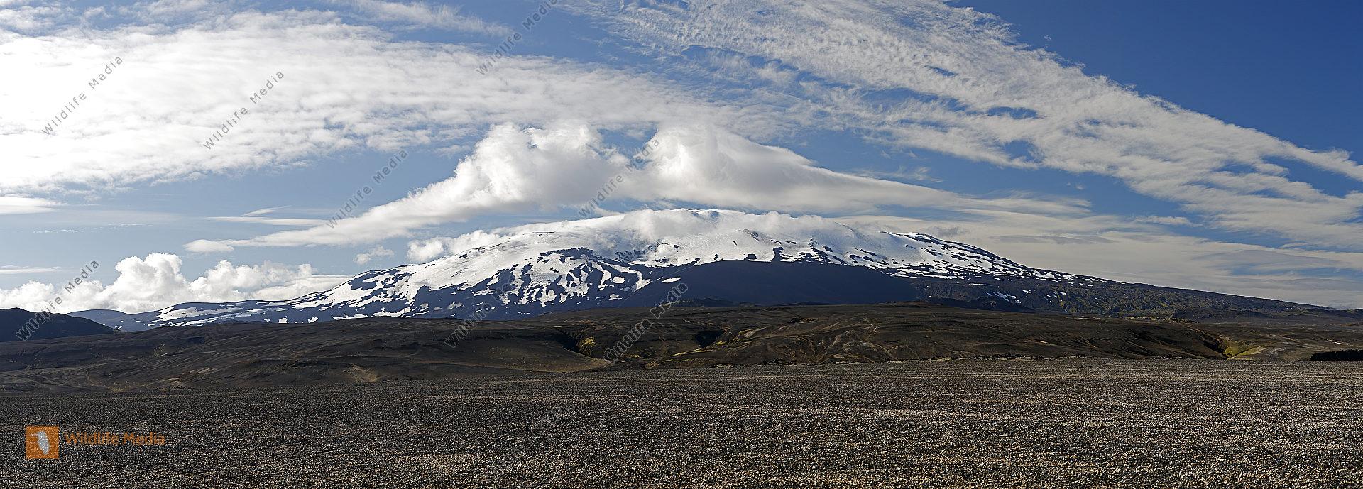 Hekla Vulkan mit Lavafeldern