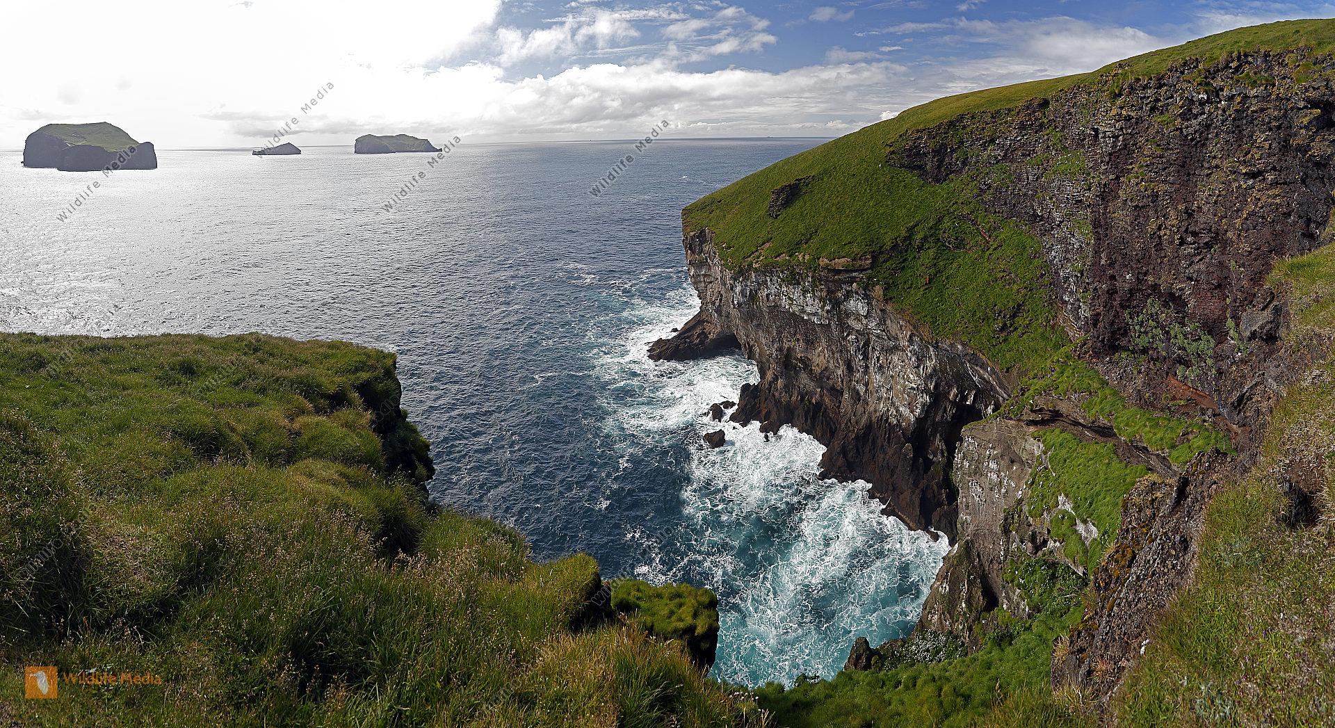 Vestmannaeyjar Steilküste Panorama