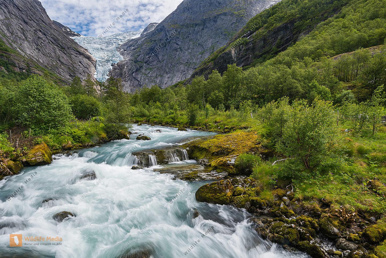 Gletscherbach vom Briksdalbreen