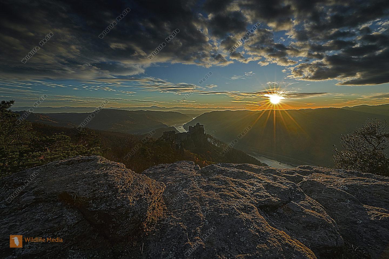 Ruine Aggstein Sonnenuntergang HDR